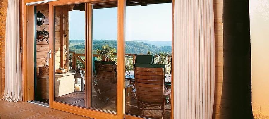 Pourquoi acheter une baie vitrée en bois ?